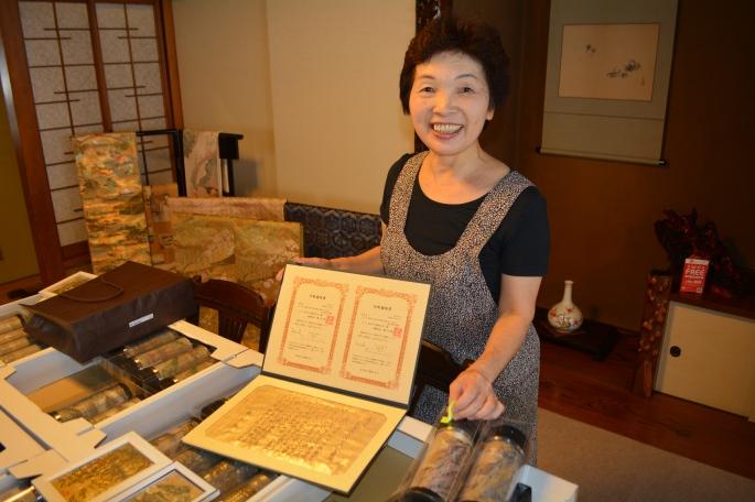 Mrs Yamazaki, proprieter of Yamashichi sushi shop, Kanbara